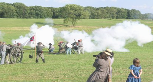 gettysburg national civil war battle reenactment